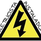 Eletricista instalador em perus   logotipo