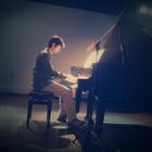 Guilherme piano